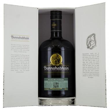 Bunnahabhain stiuireadair whisky gift pack 70cl 46.3°