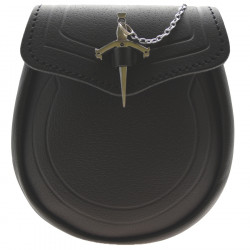 Black Leather Sporran with Claymore Sword