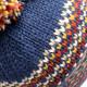 Bonnet pompon bleu et orange pk1801