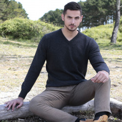 Pull homme col v lambswool anthracite best yarn