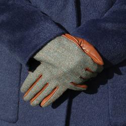 Aran Woollen Mills Green Tweed Gloves