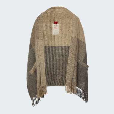Avoca Natural Stole with Pockets