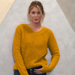 Out of Ireland Yellow Gold Pearl V-Neck Jumper