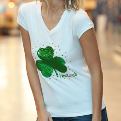 White T-shirt Sequins Clovers and V Collar