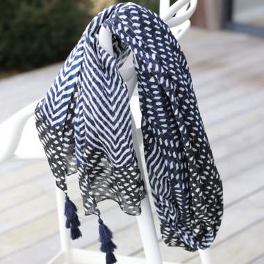Out Of Ireland Women's Zigzag Dark Blue Tassel Stole